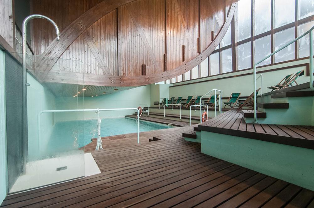 hotel vilagaros piscina