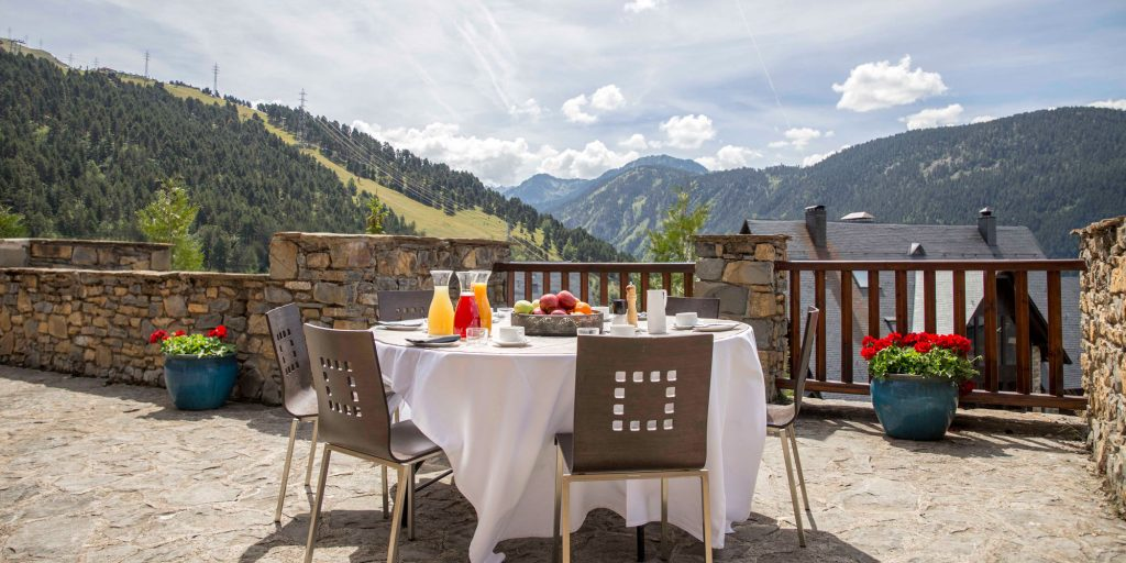hotel eira balcon